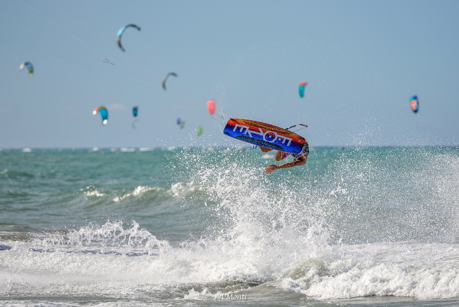 el-encuentro-surf-lodge-kiteboarding-cabarete-bay